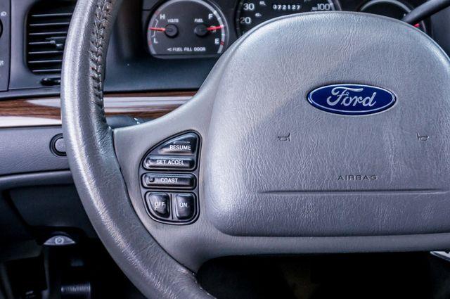 2004 Ford Crown Victoria LX Sport Reseda, CA 20