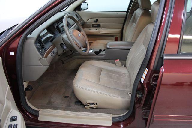2004 Ford Crown Victoria LX Richmond, Virginia 7