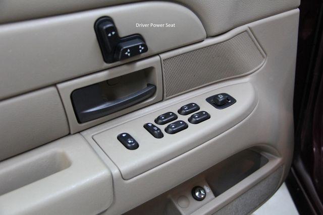 2004 Ford Crown Victoria LX Richmond, Virginia 8