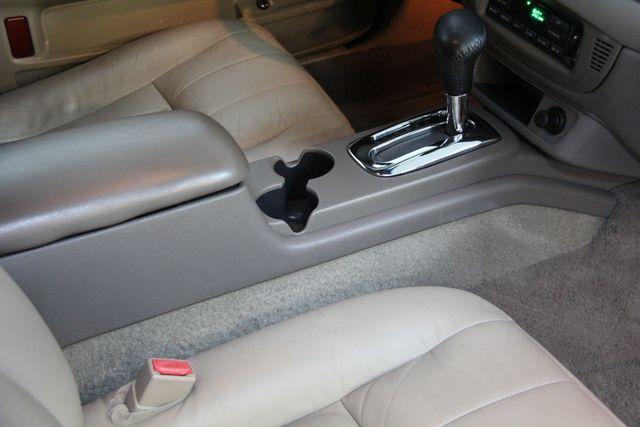 2004 Ford Crown Victoria LX Richmond, Virginia 15