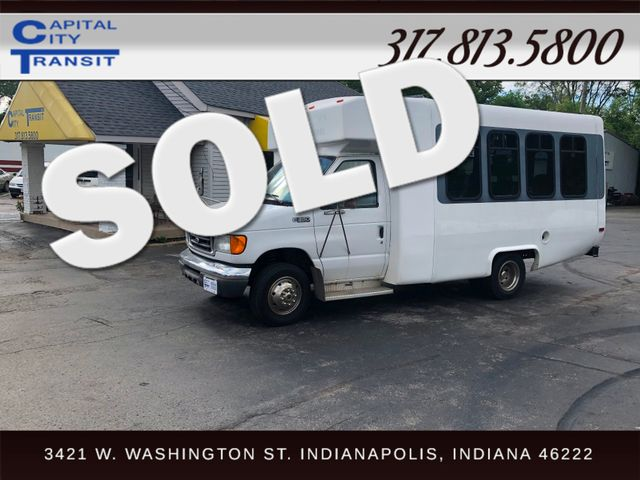 2004 Ford Diamond Coach Bus 15 Passenger Indianapolis, IN