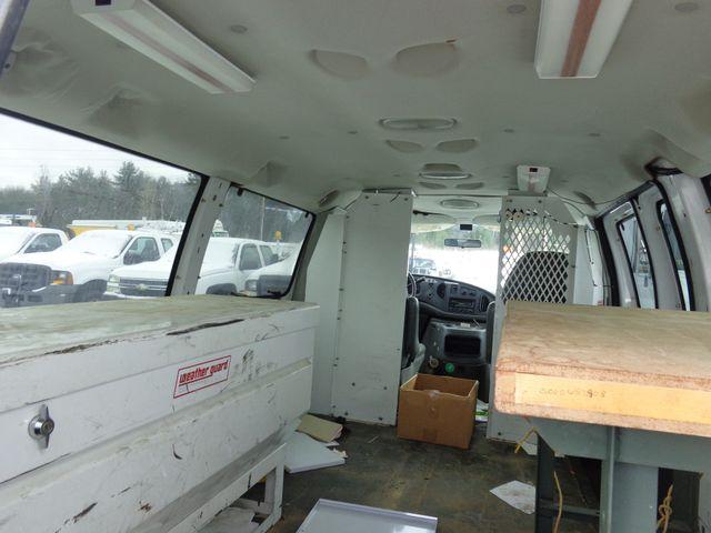2004 Ford Econoline Cargo Van Hoosick Falls, New York 4