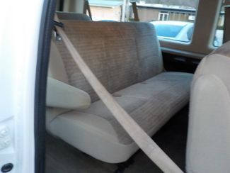 2004 Ford Econoline Wagon XL Fayetteville , Arkansas 11