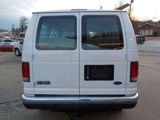 2004 Ford Econoline Wagon XL Fayetteville , Arkansas 5