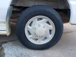 2004 Ford Econoline Wagon XL Fayetteville , Arkansas 6