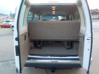 2004 Ford Econoline Wagon XL Fayetteville , Arkansas 9