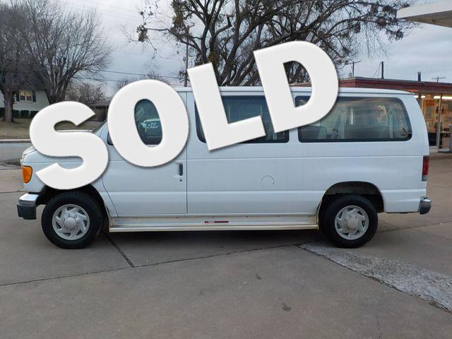 2004 Ford Econoline Wagon XL Fayetteville , Arkansas