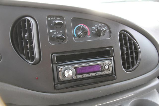 2004 Ford Econoline Wagon XLT Santa Clarita, CA 24