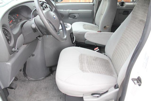 2004 Ford Econoline Wagon XLT Santa Clarita, CA 15