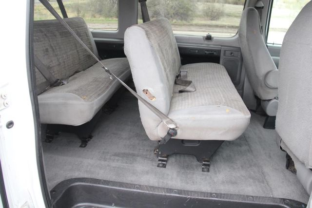 2004 Ford Econoline Wagon XLT Santa Clarita, CA 18