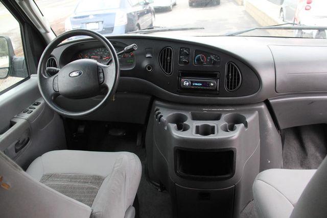 2004 Ford Econoline Wagon XLT Santa Clarita, CA 7