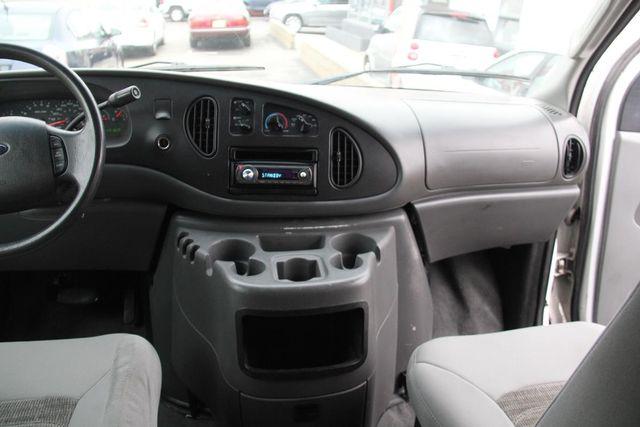 2004 Ford Econoline Wagon XLT Santa Clarita, CA 8
