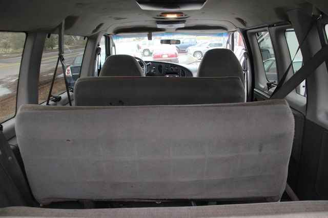 2004 Ford Econoline Wagon XLT Santa Clarita, CA 28