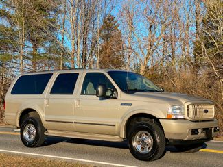 2004 Ford Excursion Limited 4X4 6.8L V10 ONLY 89K MILES 2-OWNER MINT in Woodbury, New Jersey 08096