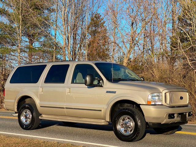 2004 Ford Excursion Limited 4X4 6.8L V10 ONLY 89K MILES 2-OWNER MINT