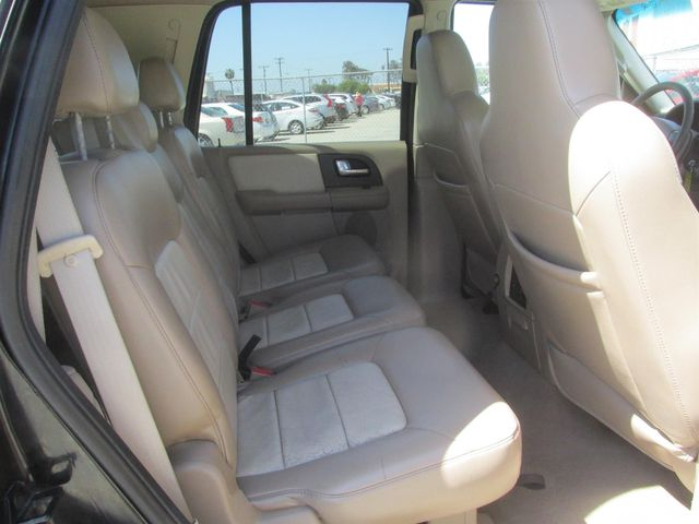 2004 Ford Expedition Eddie Bauer Gardena, California 11