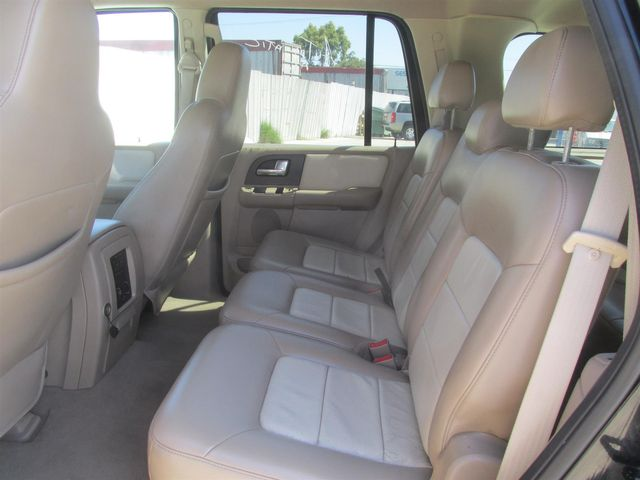 2004 Ford Expedition Eddie Bauer Gardena, California 9