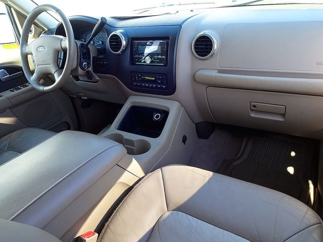 2004 Ford Expedition Eddie Bauer Madison, NC 40
