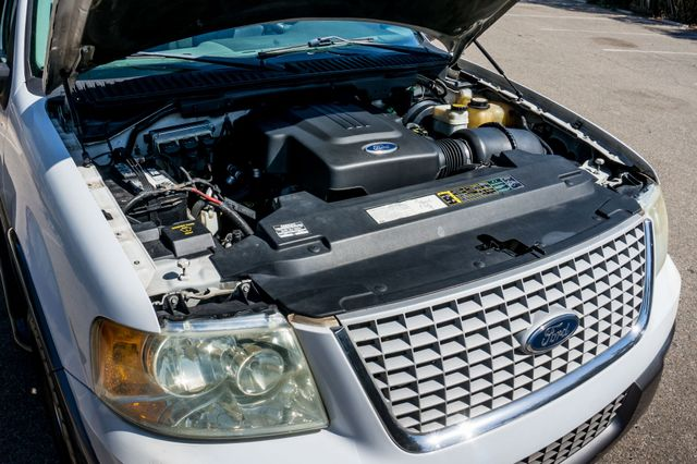 2004 Ford Expedition XLT Reseda, CA 39