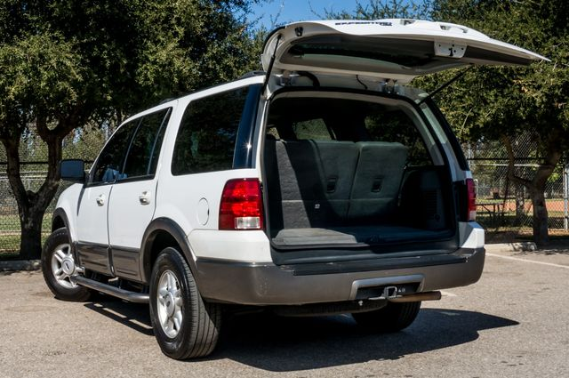 2004 Ford Expedition XLT Reseda, CA 11