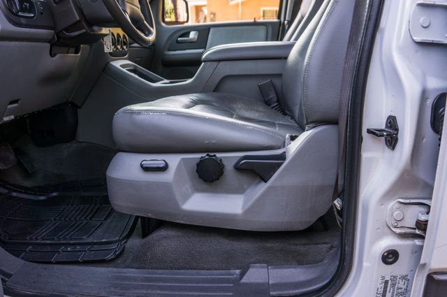 2004 Ford Expedition XLT Reseda, CA 15
