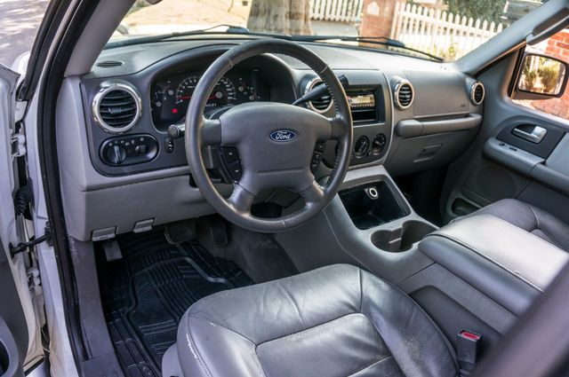 2004 Ford Expedition XLT Reseda, CA 18