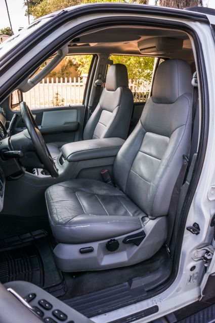 2004 Ford Expedition XLT Reseda, CA 27