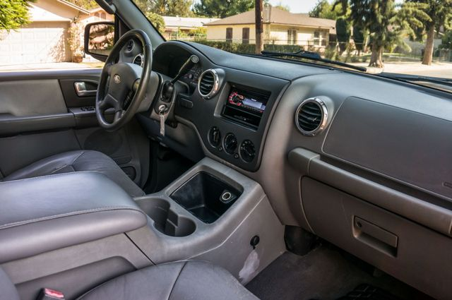 2004 Ford Expedition XLT Reseda, CA 34