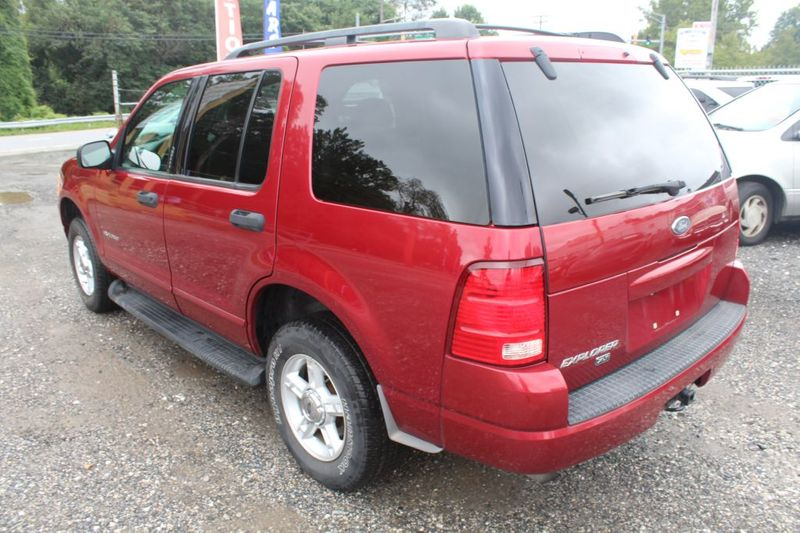 2004 Ford Explorer XLT  city MD  South County Public Auto Auction  in Harwood, MD