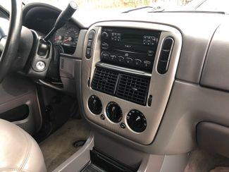 2004 Ford Explorer XLT New Rochelle, New York 4