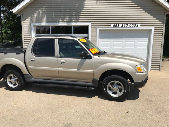 2004 Ford Explorer Sport Trac XLT in Clinton IA, 52732
