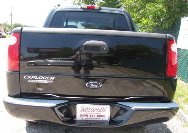 2004 Ford Explorer Sport Trac XLT St. Louis, Missouri 4