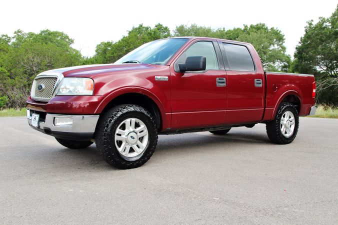 2004 Ford F-150 in Liberty Hill , TX