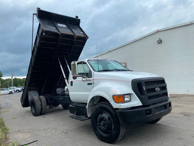 2004 Ford F-750SD XL Madison, NC 17