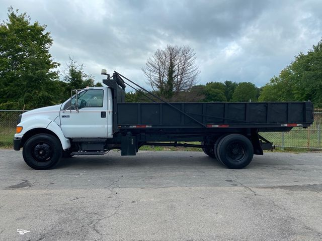 2004 Ford F-750SD XL Madison, NC 4