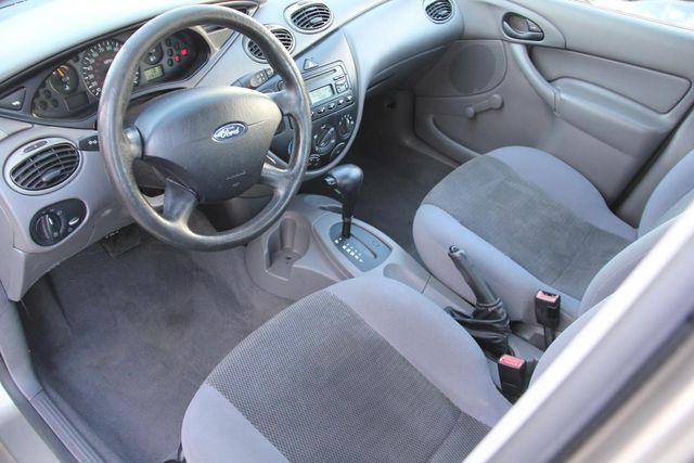 2004 Ford Focus LX Santa Clarita, CA 8