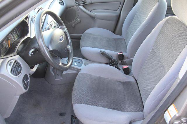 2004 Ford Focus LX Santa Clarita, CA 13