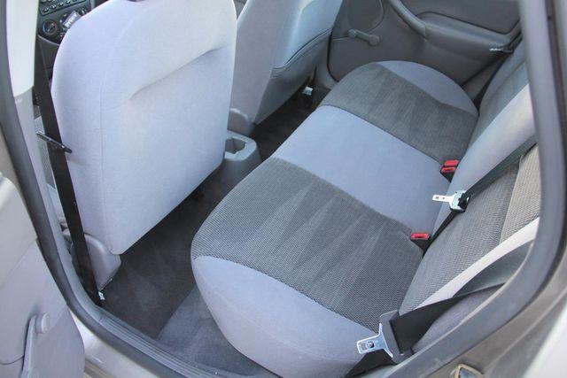 2004 Ford Focus LX Santa Clarita, CA 15