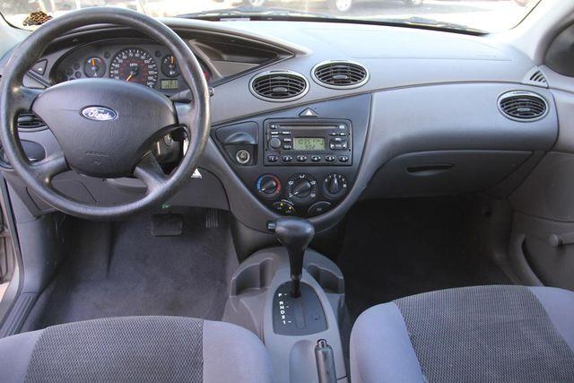 2004 Ford Focus LX Santa Clarita, CA 7