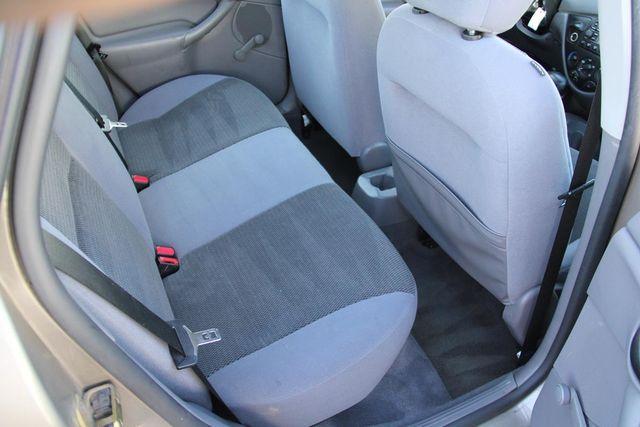 2004 Ford Focus LX Santa Clarita, CA 16