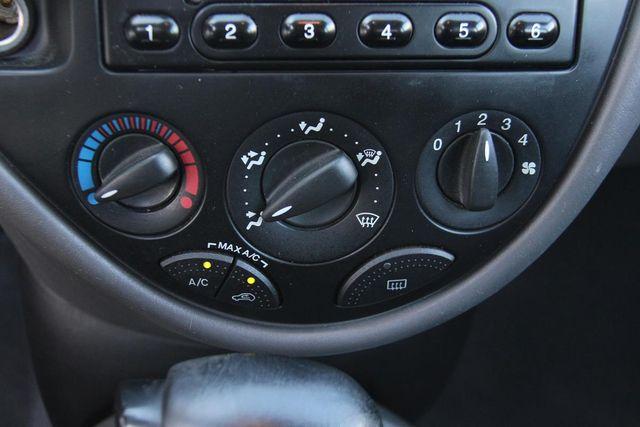 2004 Ford Focus LX Santa Clarita, CA 19