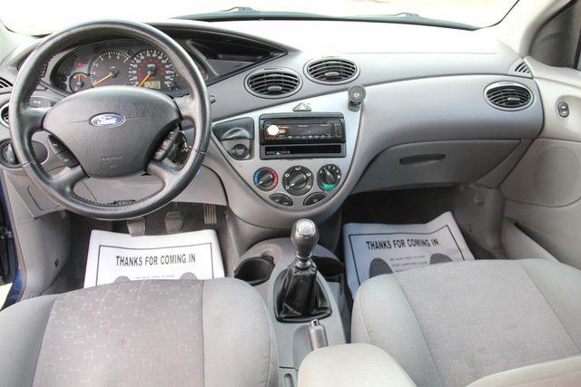 2004 Ford Focus ZX5 Comfort Santa Clarita, CA 7