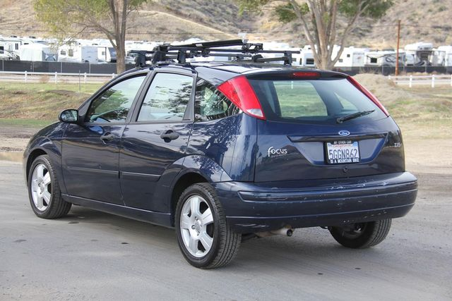 2004 Ford Focus ZX5 Comfort Santa Clarita, CA 5