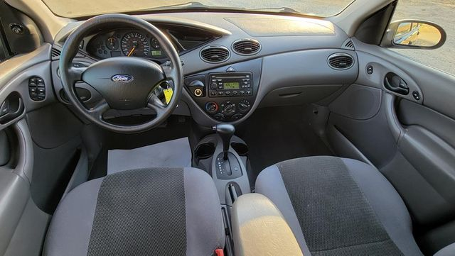 2004 Ford Focus SE Santa Clarita, CA 7