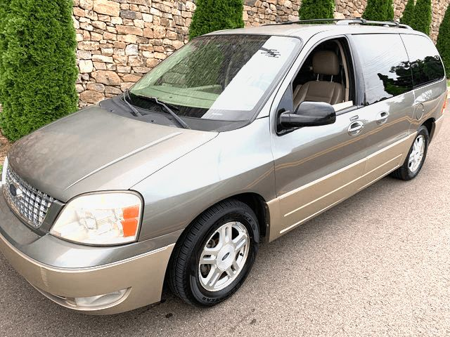 2004 Ford-3 Owner!! Loaded!! Good Miles! Freestar Vans-3 DAY SALES PRICE ONLY Limited-LOCAL TRADE