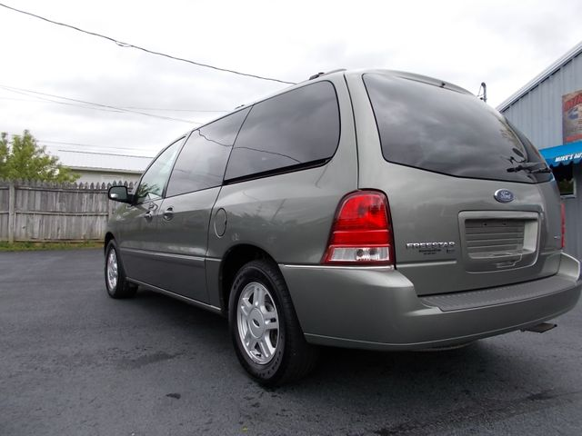 2004 Ford Freestar Wagon SEL Shelbyville, TN 3