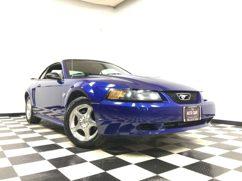 2004 Ford Mustang *Drive TODAY & Make PAYMENTS*   The Auto Cave in Addison