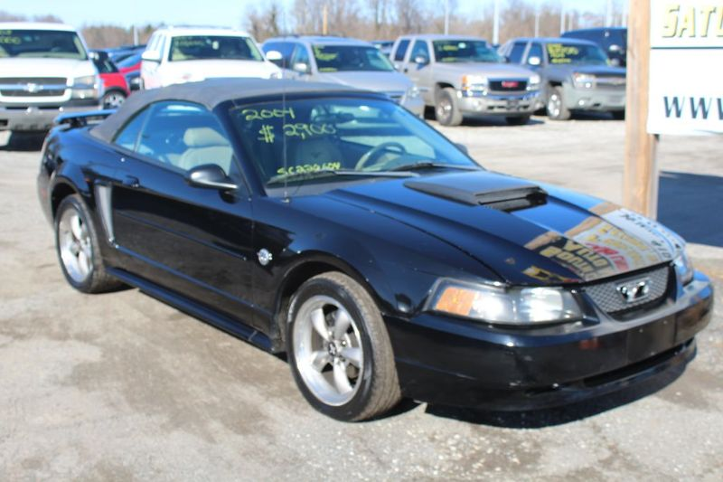 2004 Ford MUSTANG   city MD  South County Public Auto Auction  in Harwood, MD