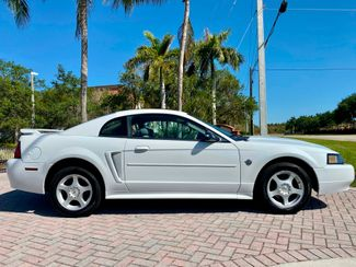 2004 Ford Mustang Deluxe Hollywood, Florida 7