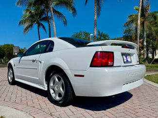 2004 Ford Mustang Deluxe Hollywood, Florida 5